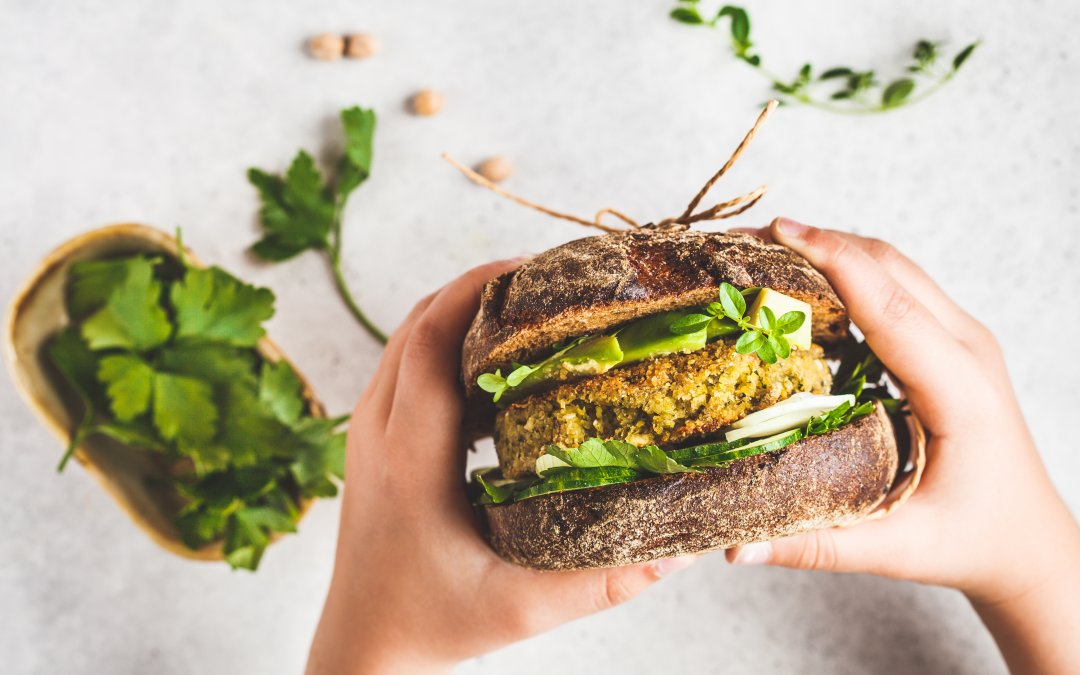 How to Make Vegan Burgers With These 10 Veggies