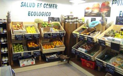 How To Buy Fruit: Fresh Or Frozen?