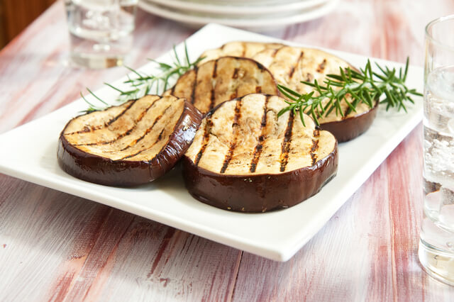 Grilled Auberginer Eggplant slices at All Vegan Foods